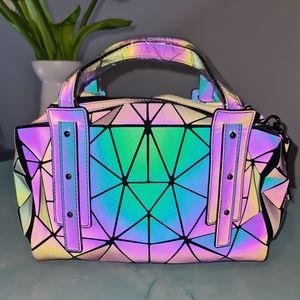 NWTs Holographic🖤SEE VIDEO💜 Boston Geometric Handbag
